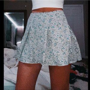 cute y2k mini skirt